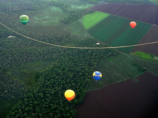 Balloons Over the Rainforest in Cairns