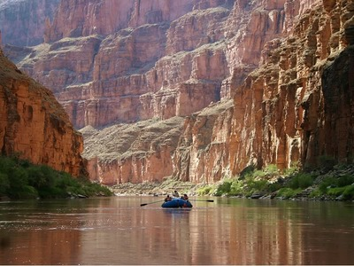 Rafting Trough the Grand Canyon on the Colorado River
