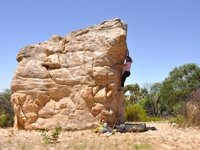 Golden Streak Boulder, The Arapiles
